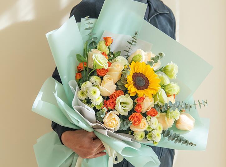 情人节到了该送什么颜色的花 第0张